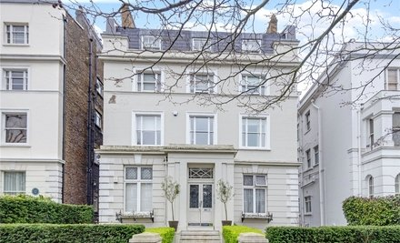 105 Hamilton Terrace, London,