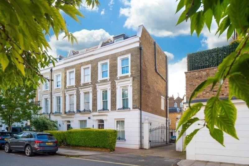3 Bedroom House for sale in St John's Wood, London,  NW8 9AS