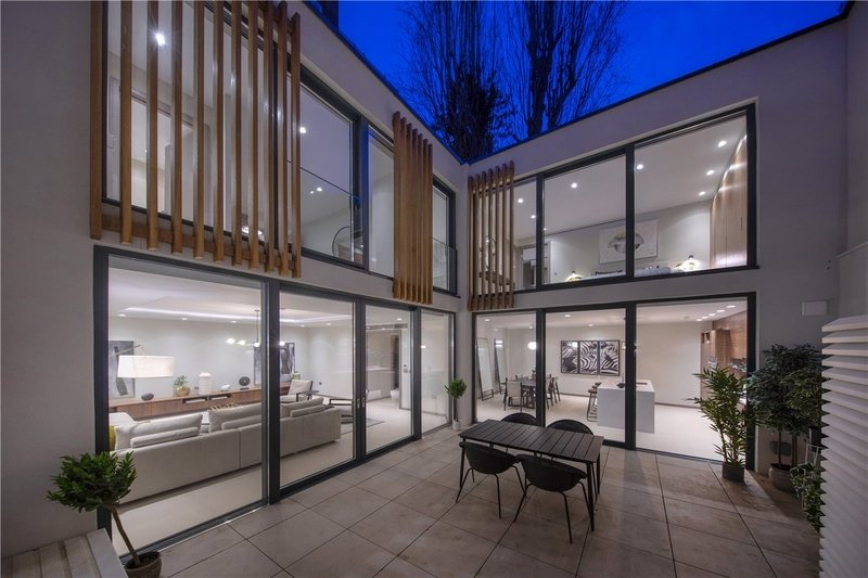 3 Bedroom House for sale in St John's Wood, London,  NW8 0AS