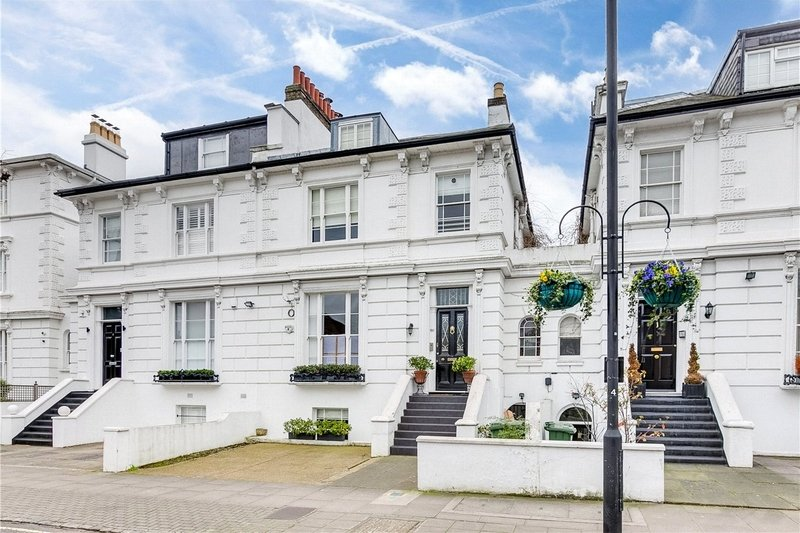4 Bedroom House for sale in St John's Wood, London,  NW8 6AE