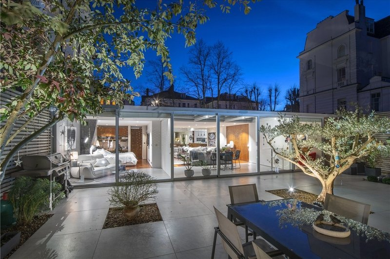 4 Bedroom House for sale in Belsize Park, London,  NW3 4LD
