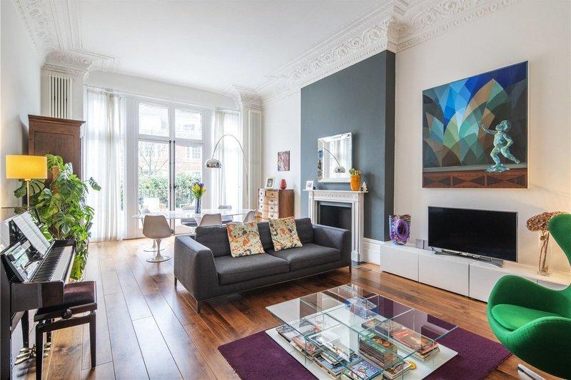 2 Bedroom Flat for sale in Belsize Park, London,  NW3 4LH