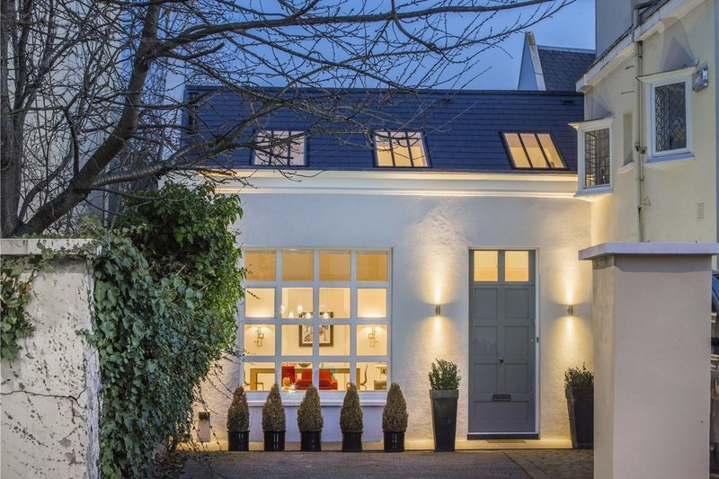 3 Bedroom House for sale in St John's Wood, London,  NW8 0QE