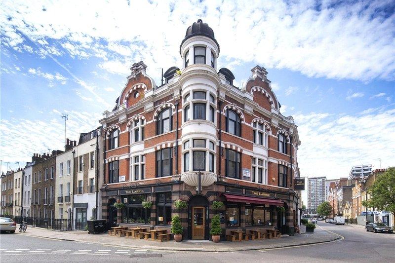 2 Bedroom Flat for sale in Marylebone, London,  W1H 5NN