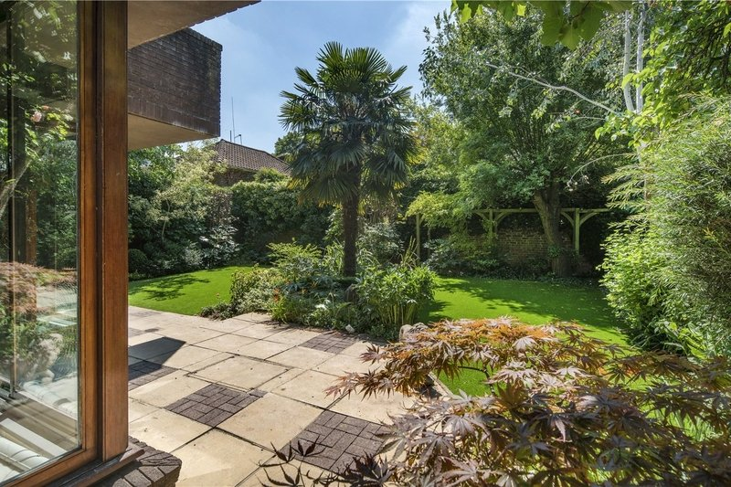 6 Bedroom House for sale in St John's Wood, London,  NW8 9JX