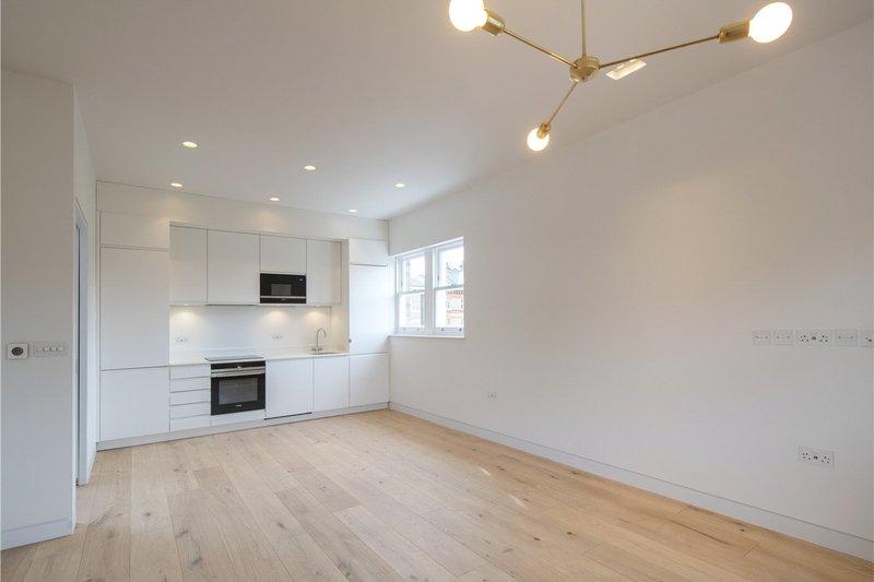 1 Bedroom Flat for sale in Primrose Hill, London,  NW3 3DJ