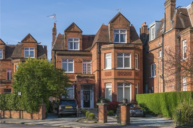 5 Bedroom Flat for sale in South Hampstead, London,  NW6 3EP