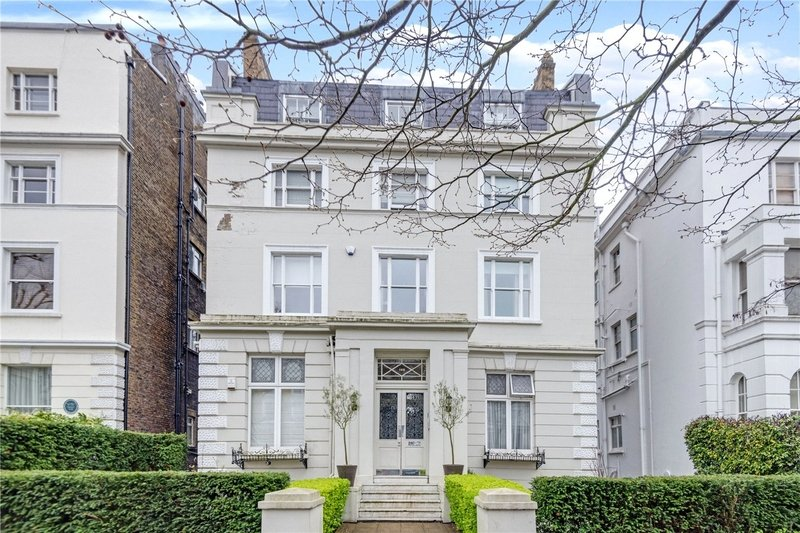 2 Bedroom Flat for sale in St John's Wood, London,  NW8 9QY