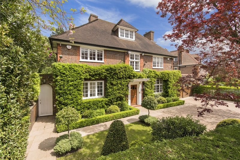 6 Bedroom House for sale in Hampstead Garden Suburb, London,  NW11 7LS