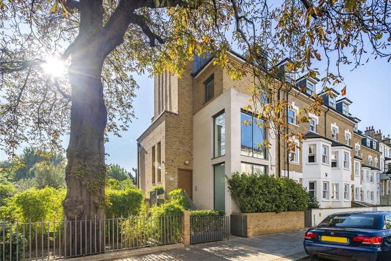 4 Bedroom House for sale in Belsize Park, London,  NW3 4NX