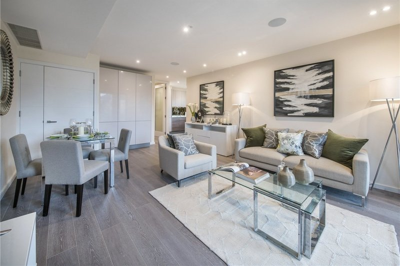 2 Bedroom Flat for sale in Willesden Lane, London,  NW6 7YR
