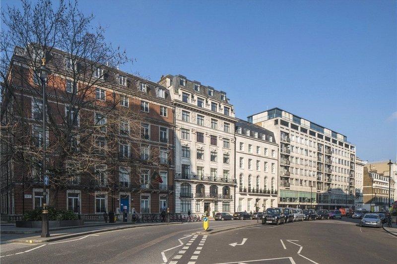 4 Bedroom Flat for sale in Marylebone, London,  W1B 1PW