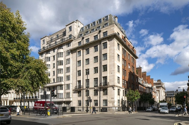4 Bedroom Flat for sale in Marylebone, London,  W1B 1NU