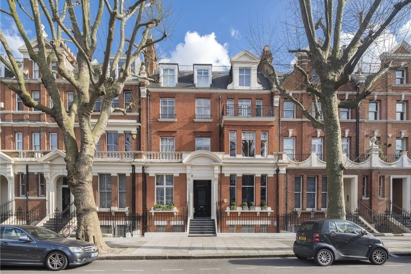 3 Bedroom Flat for sale in Maida Vale, London,  W9 1ES