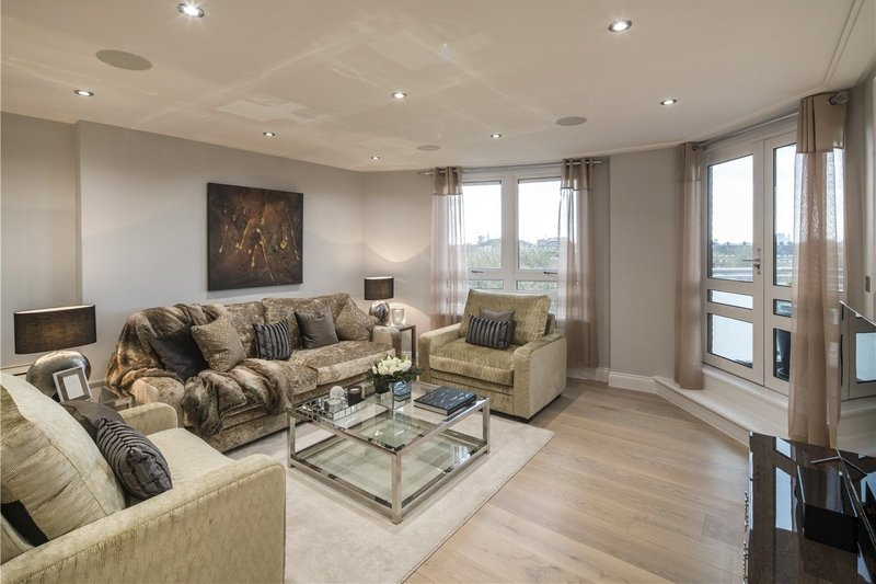 3 Bedroom Flat for sale in 43 St John's Wood Road, London,  NW8 8QJ