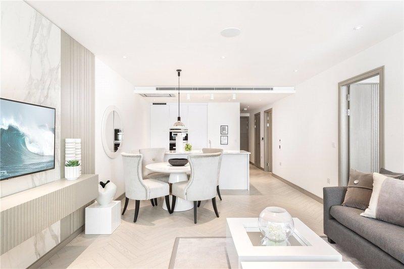 2 Bedroom Flat for sale in 30 Lodge Road, London,  NW8 8LA