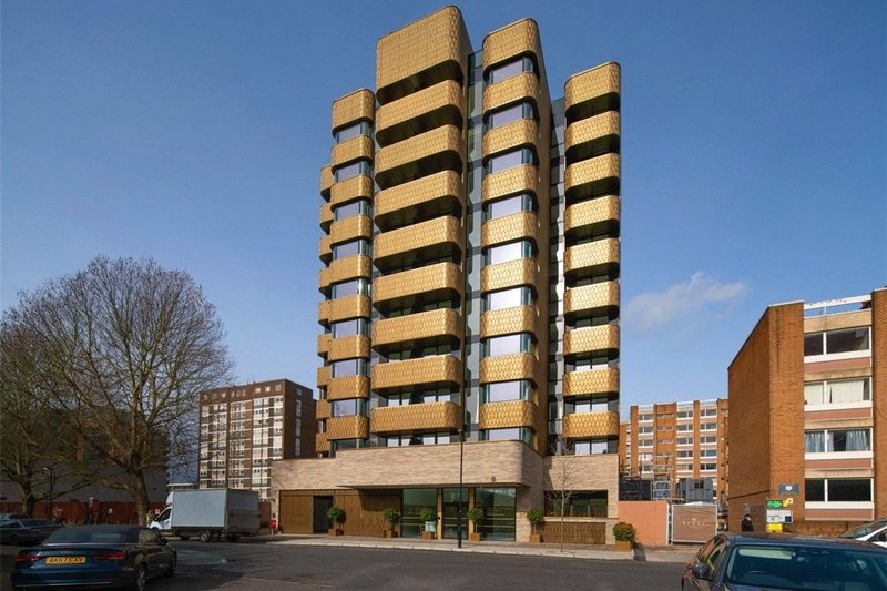 4 Bedroom Flat for sale in Lodge Road, London,  NW8 8LA