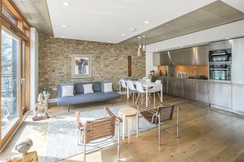 2 Bedroom Flat for sale in 30 Oval Road, London,  NW1 7DE