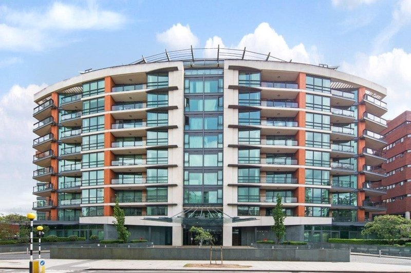 1 Bedroom Flat for sale in 34 St John's Wood Road, London,  NW8 7HB