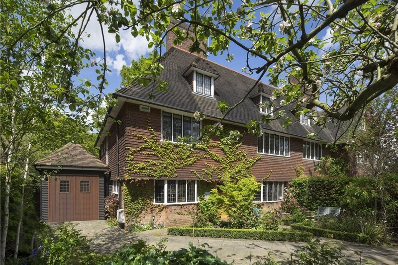 5 Bedroom House for sale in Hampstead Garden Suburb, London,  NW11 6UL
