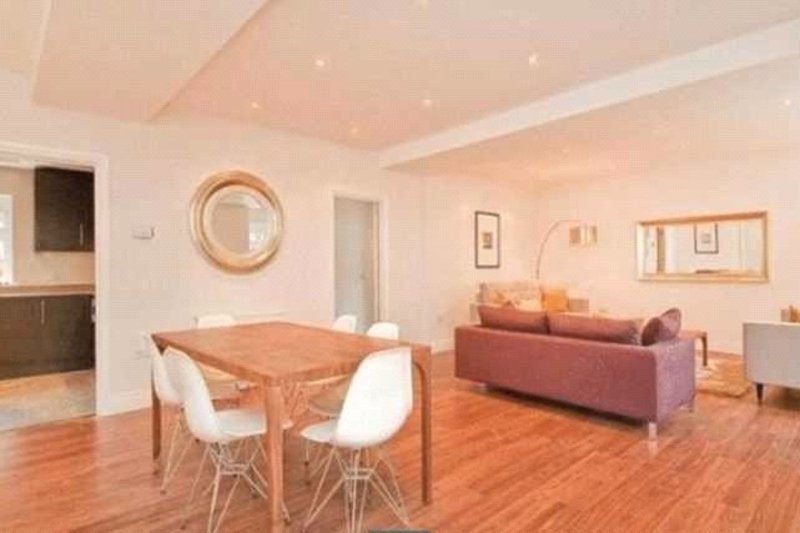 4 Bedroom House to rent in London, London,  NW6 4RY