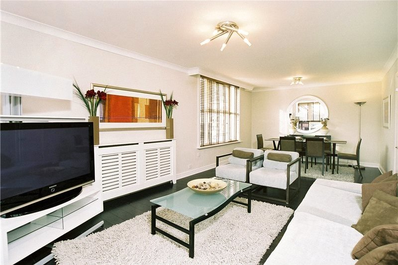 3 Bedroom Flat to rent in St John's Wood Road, London,  NW8 6NG