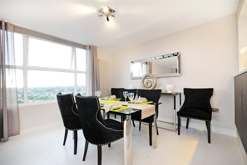 3 Bedroom Flat to rent in St. Johns Wood Park, London,  NW8 6NL