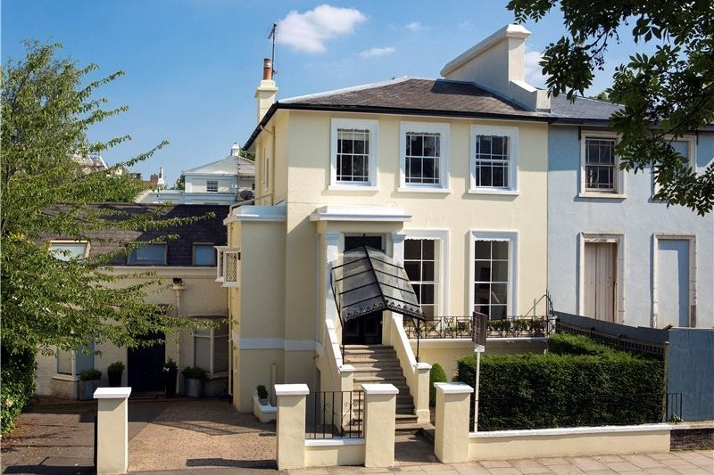 5 Bedroom House to rent in London, London,  NW8 0QE