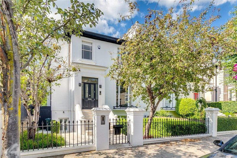 5 Bedroom House to rent in London, London,  NW8 0QG