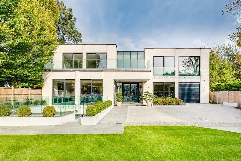 6 Bedroom House to rent in London, London,  N6 4AJ