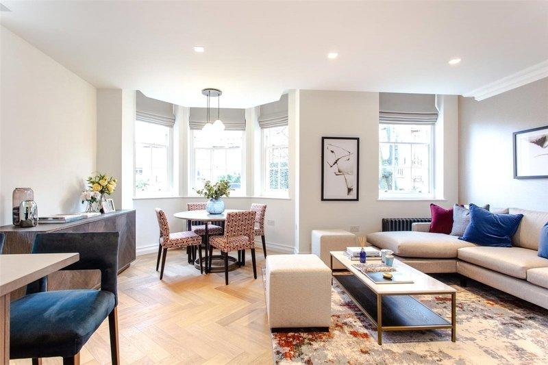 2 Bedroom Flat to rent in Hampstead Manor, London,  NW3 7SU
