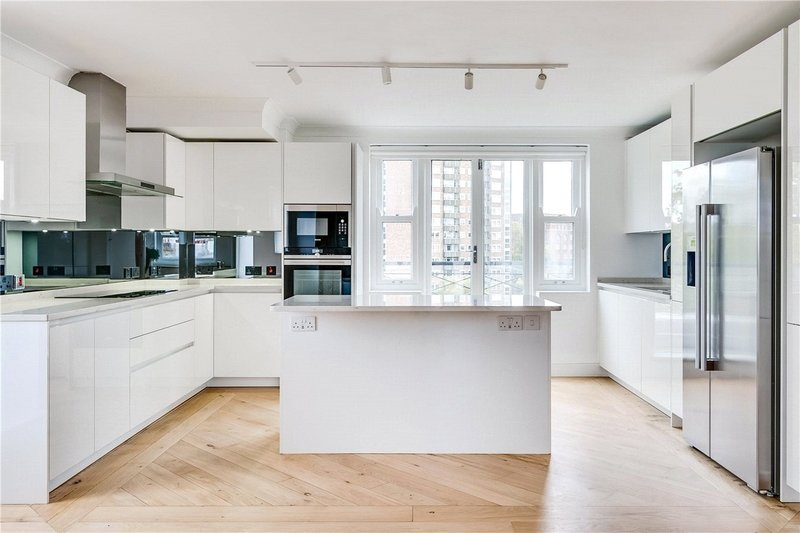 5 Bedroom Flat to rent in Randolph Avenue, London,  W9 1DW
