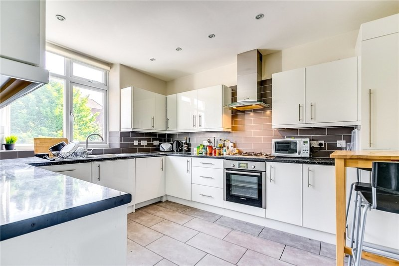 4 Bedroom Flat to rent in London, London,  NW8 6EB