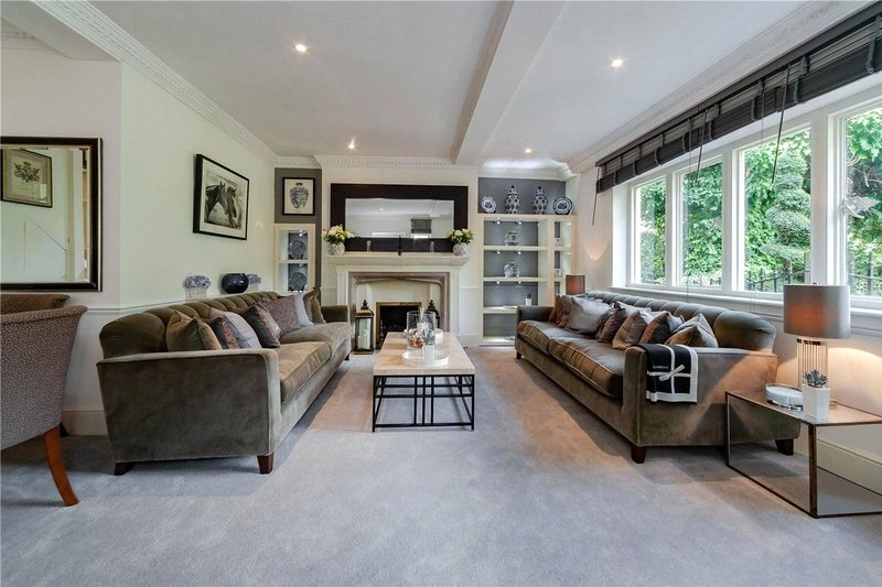 3 Bedroom House to rent in London, London,  NW3 6XY