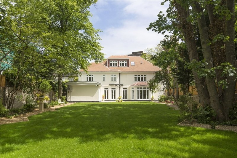 5 Bedroom House to rent in St. John's Wood, London,  NW8 9BP
