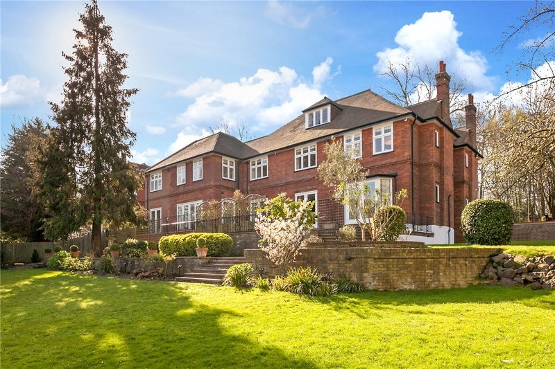 7 Bedroom House to rent in London, London,  N6 4LL
