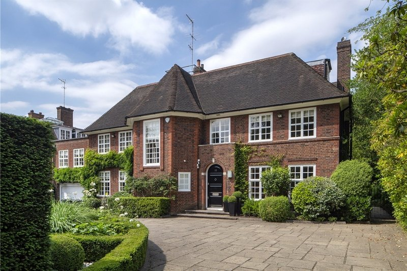 6 Bedroom House to rent in Hampstead Garden Suburb, London,  NW11 6TG