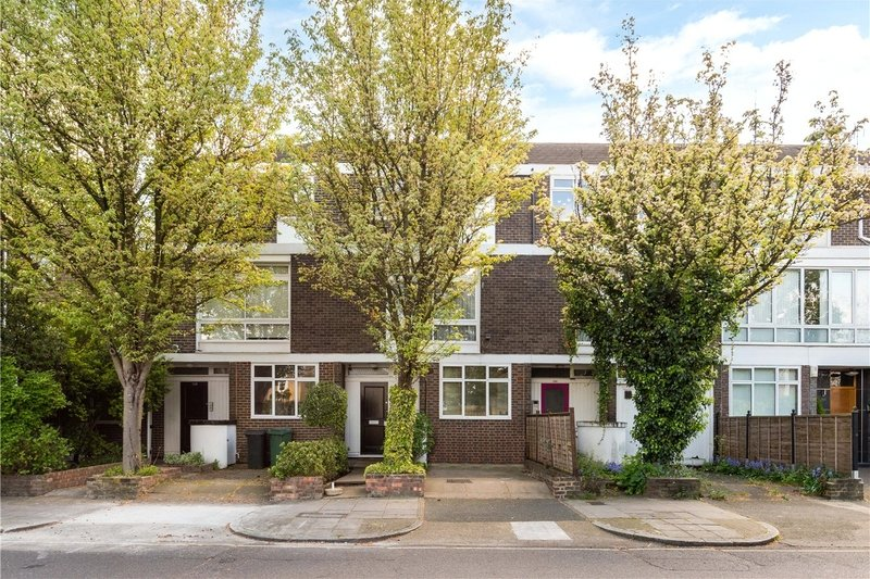 4 Bedroom House to rent in London, London,  NW8 0ND