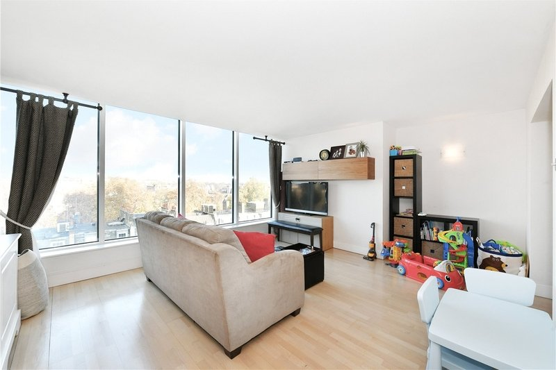 3 Bedroom Flat to rent in 200 Marylebone Road, London,  NW1 5PL