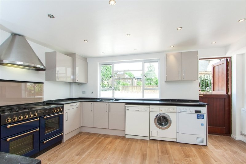4 Bedroom House to rent in St John's Wood, London,  NW8 8JJ