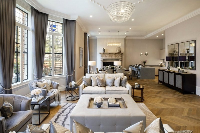 3 Bedroom Flat to rent in 14 Netherhall Gardens, London,  NW3 5TQ