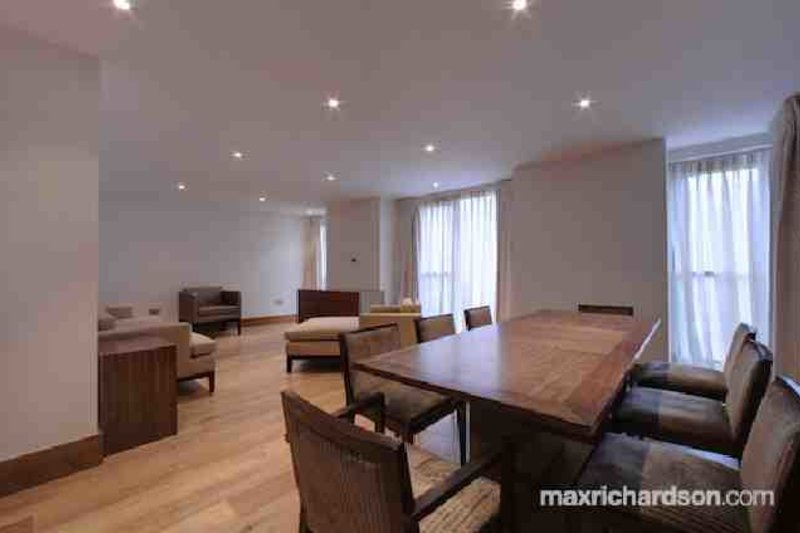 3 Bedroom  to rent in 215-229 Baker Street, London,  NW1 6XE