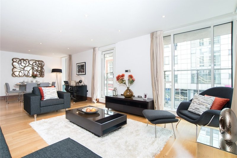 3 Bedroom Flat to rent in Baker Street, London,  NW1 6XE