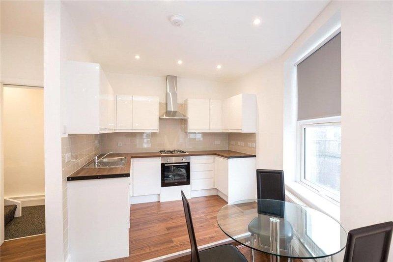 2 Bedroom Flat to rent in Queens Grove, London,  NW8 6EH