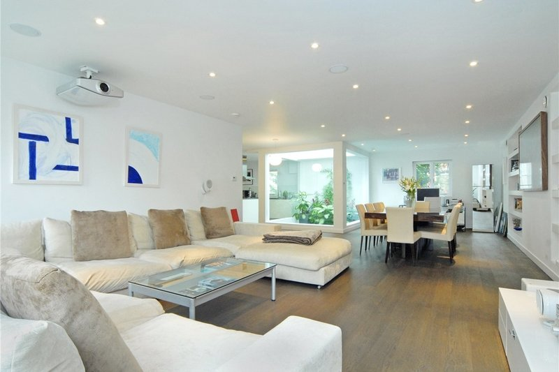 3 Bedroom House to rent in London, London,  W9 2PY