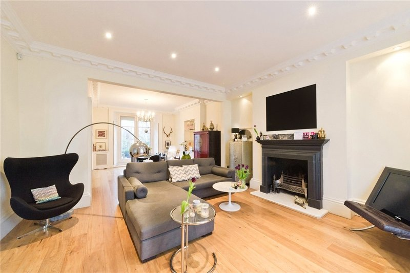 5 Bedroom House to rent in South Hampstead, London,  NW6 4SG