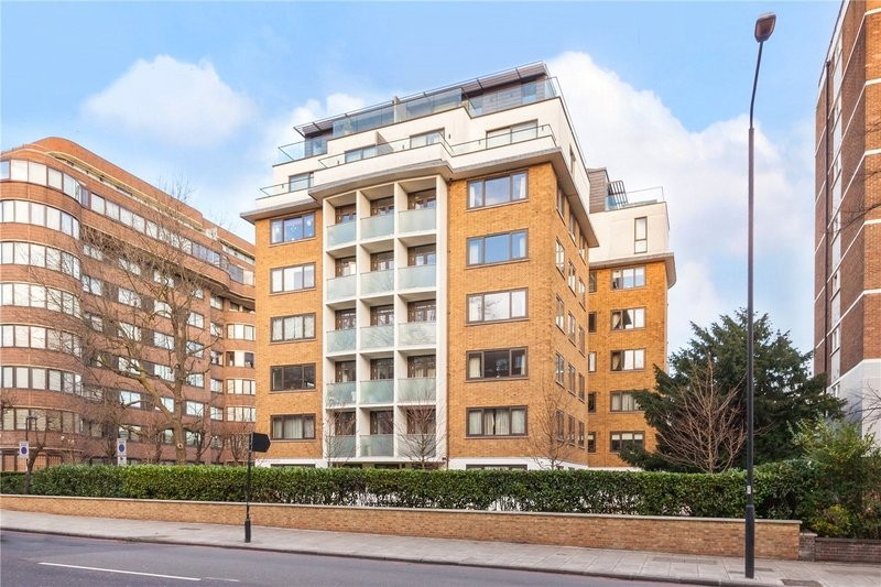 3 Bedroom Flat to rent in 4-8 Finchley Road, London,  NW8 6DR