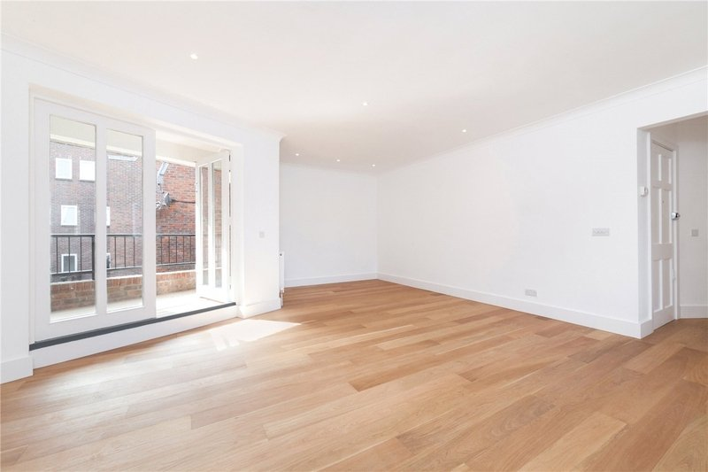 2 Bedroom Flat to rent in London, London,  NW3 1QZ