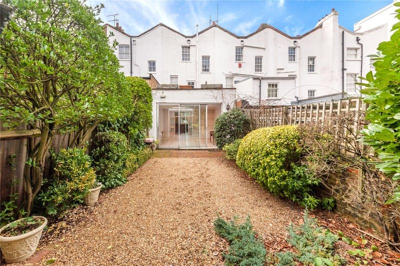 3 Bedroom House to rent in London, London,  NW8 6PJ