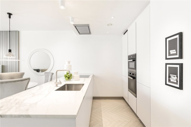 2 Bedroom Flat to rent in Lodge Road, London,  NW8 8LA